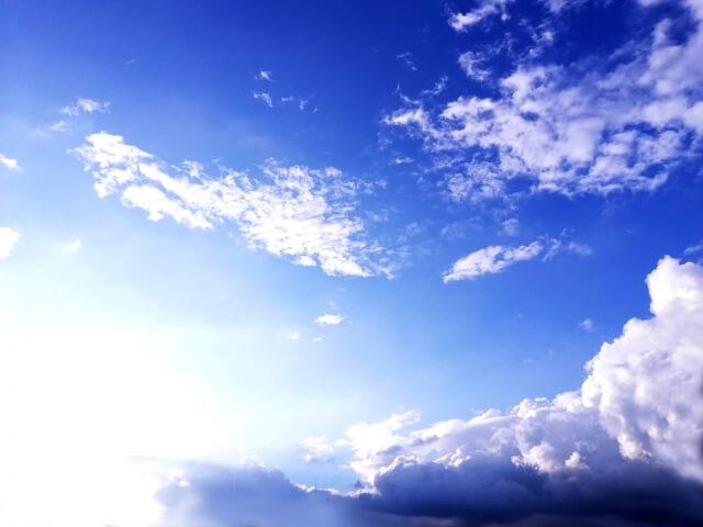 台風の後の青空