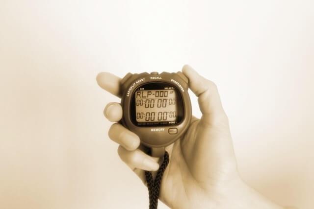 マラソンの記録をはかるタイマー