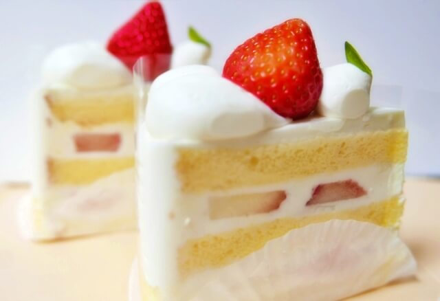 ショートケーキ2つ
